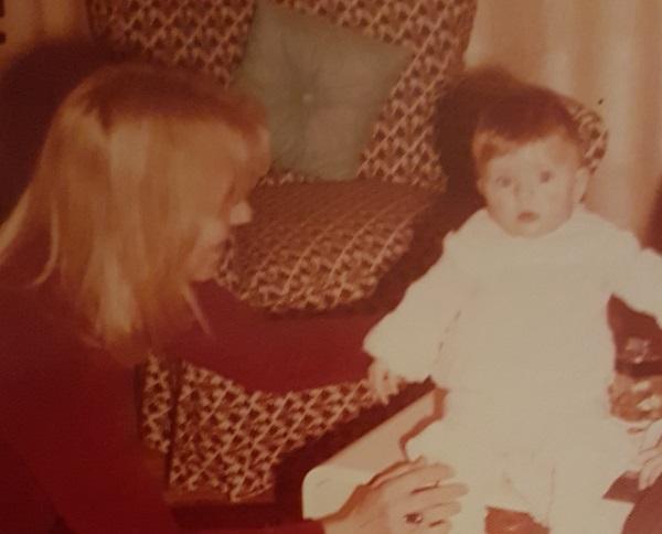 Η μαμά μου