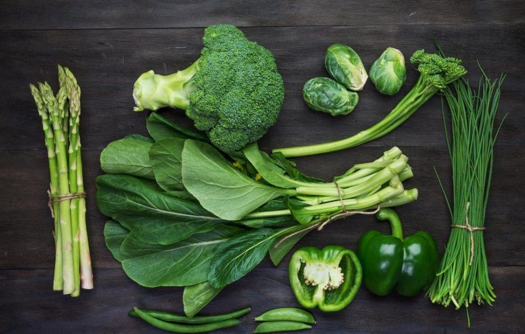 τα πράσινα λαχανικά αποτελούν μέρος της μεθόδου του ουράνιου τόξου