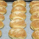 Αφράτα ψωμάκια για όλες τις χρήσεις