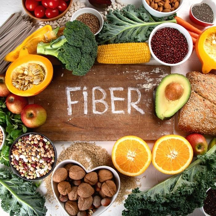 τροφές με φυτικές ίνες που βοηθούν τις γυναίκες που πάσχουν από σύνδρομο πολυκυστικών ωοθηκών