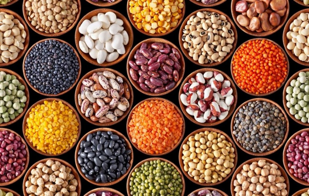 """Στην ερώτηση """"τι να φάω"""" τη Μεγάλη Εβδομάδα, τα όσπρια είναι η απάντηση που είναι και πολύ καλή πηγή πρωτεϊνης"""