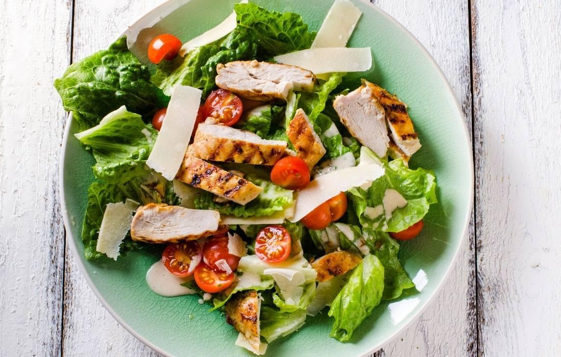 Θρεπιτκές και γευστικές καλοκαιρινές σαλάτες